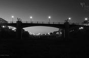 Pont per a vianants sobre el barranc - BN - 16.9 - 1920x1080