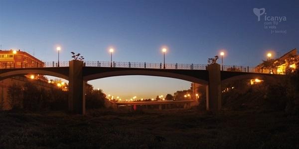 Pont per a vianants sobre el barranc