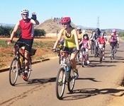 Més de 200 picanyers i picanyeres participaren ahir al cicle-passeig comarcal
