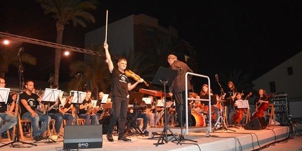 Actuació Vasko Vassilev i l'orquestra simfònica de Benaguasil
