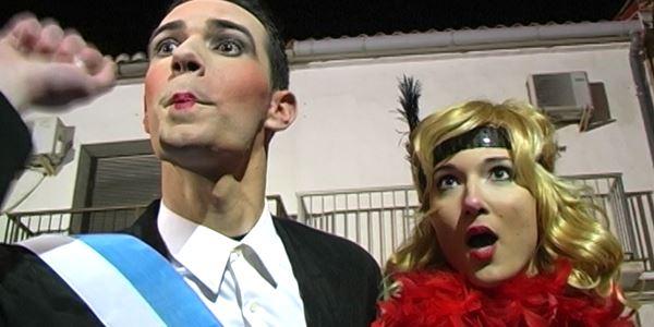 FALLES 2014 - Cavalcada Ninot Gran