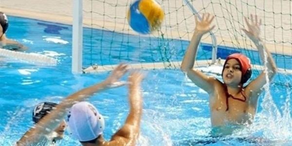 Jornada de NATAdiverCIÓ a la piscina coberta: Jocs aquàtics, activitats a l'aigua, partidets de waterpolo...