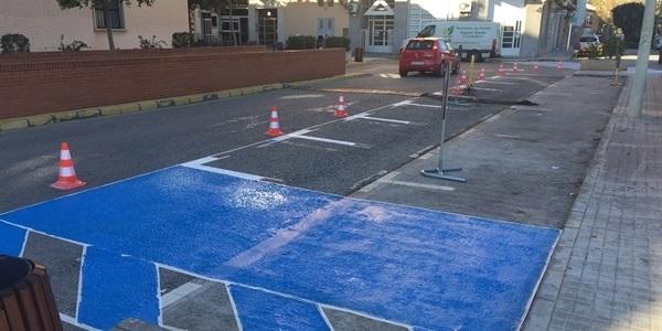 Reordenació dels aparcaments a l'inici de l'avinguda Sanchis Guarner