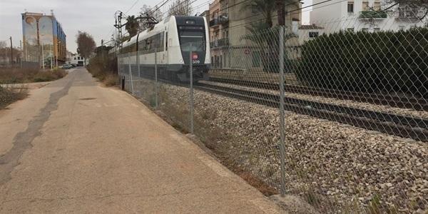 Completat el tancat de la vora sud de la via del metro