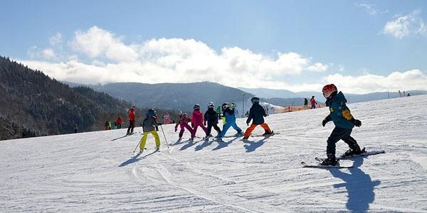 Nou viatge escolar per a descobrir el món de l'esquí