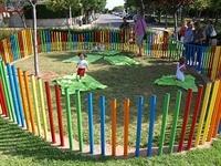 Instal·lació de paviment de seguretat sota els Jocs Infantils dels parcs municipals 3