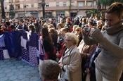 Concentració i acte homenatge a les víctimes de la violència de gènere PB234346